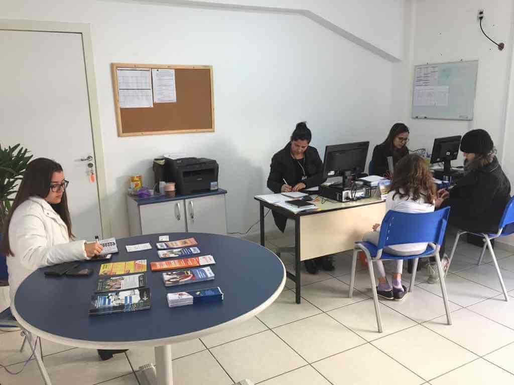 BOMBINHAS - Sala do Empreendedor orienta sobre exclusão do Simples