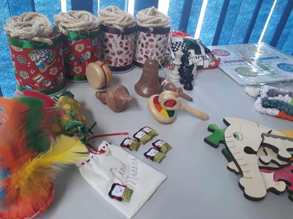 Escolas da Rede Municipal de Ensino ganham brinquedos para o recreio pedagógico