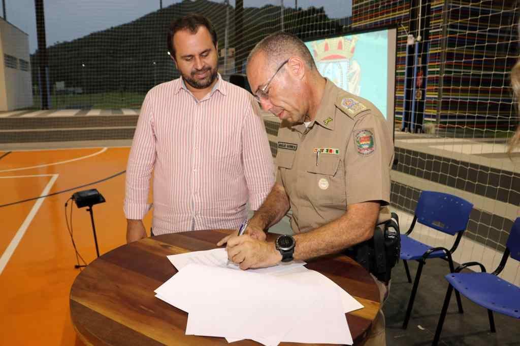 BOMBINHAS – Bombinhas assina Termo de Cooperação com a Polícia Militar