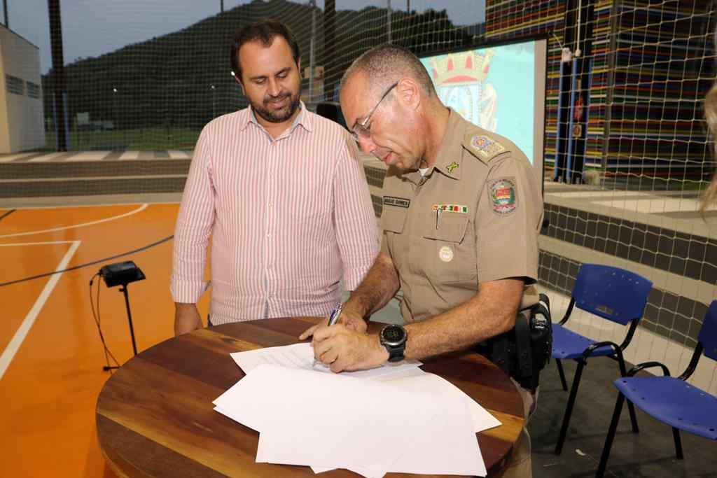 Bombinhas assina Termo de Cooperação com a Polícia Militar - Foto: Manuel Caetano