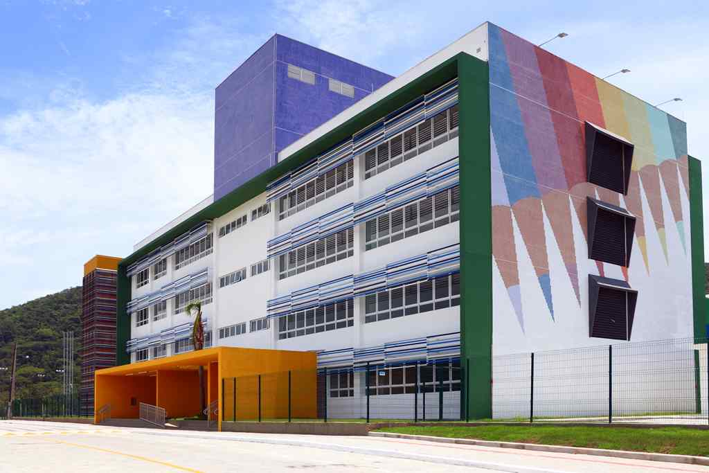 BOMBINHAS - Matrículas abertas para novos alunos no Centro de Educação Integral - Foto: Manuel Caetano
