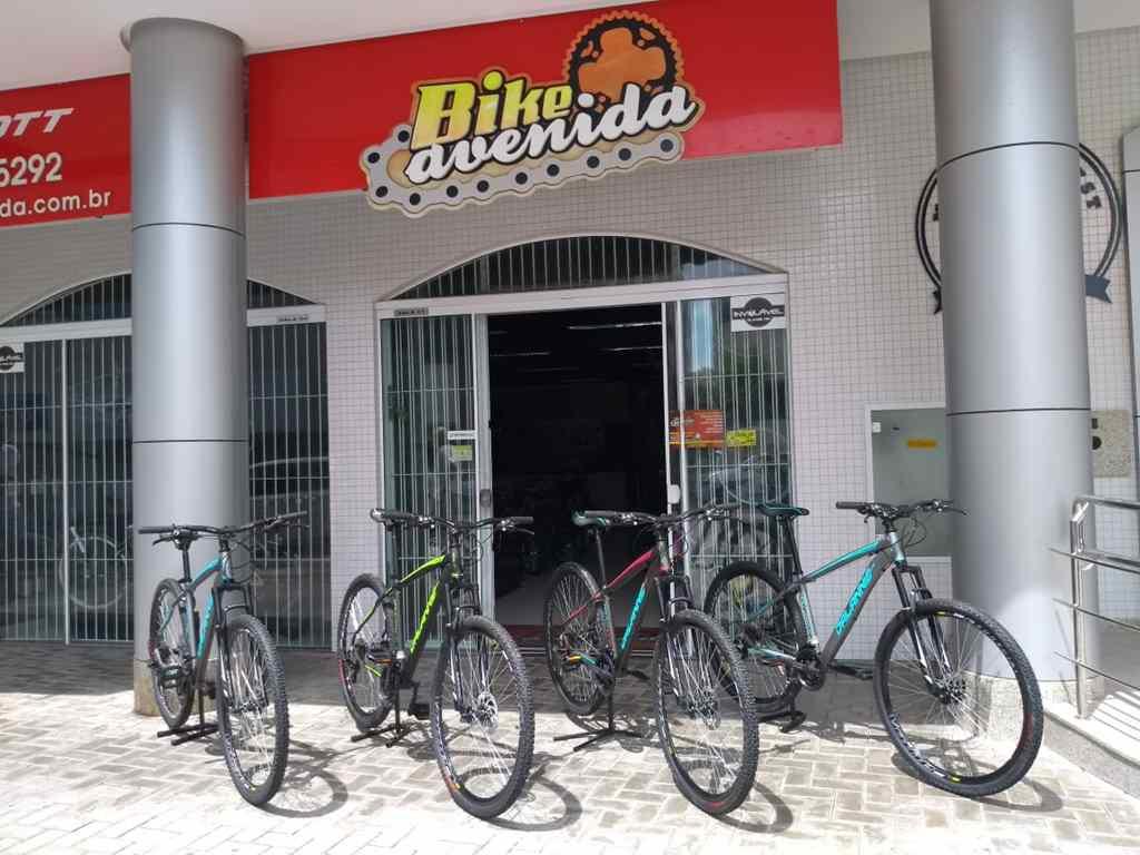 Patrocinadora da Pedala Itapema Doa Quatro Bikes para Projeto Social