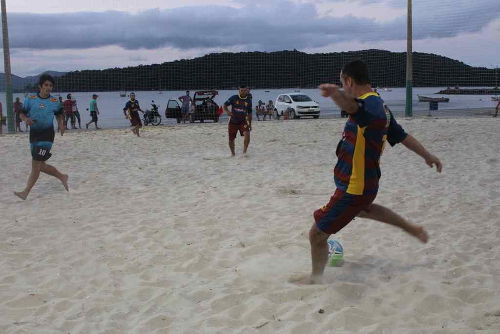PORTO BELO - Porto Belo dará início ao campeonato de futebol e vôlei de praia