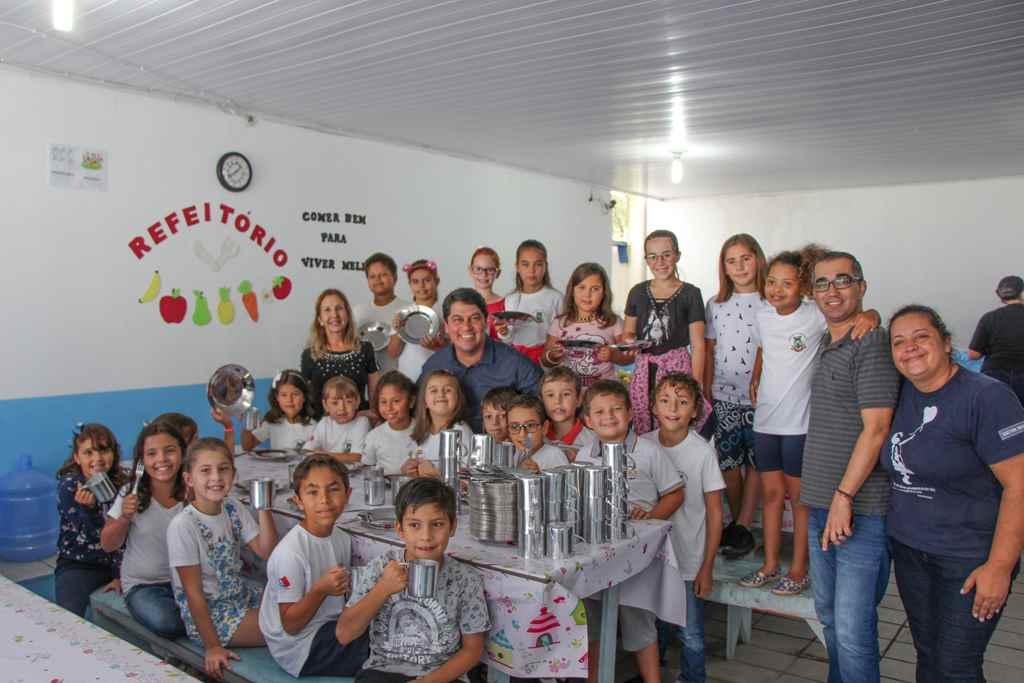 PORTO BELO - Porto Belo adquire novos utensílios para merenda escolar
