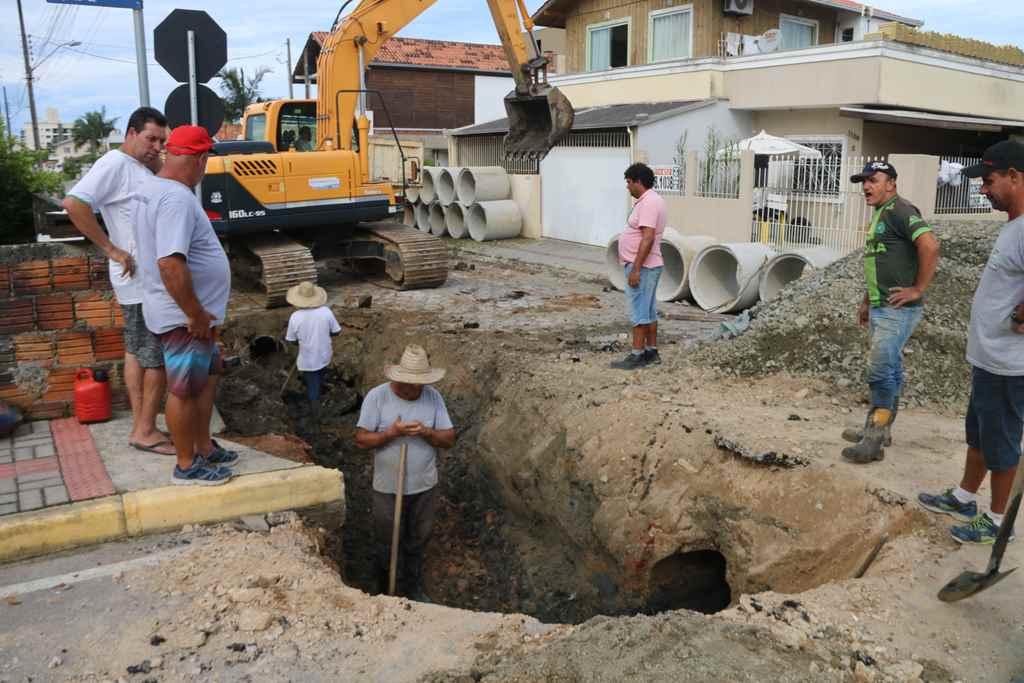 Rua 430 no Bairro Morretes recebe melhorias