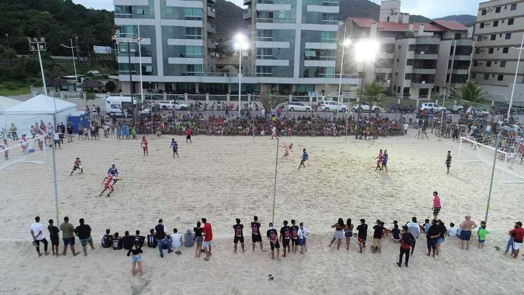 Campeonato Municipal de Futebol de areia 2019 chega nas quartas de finais