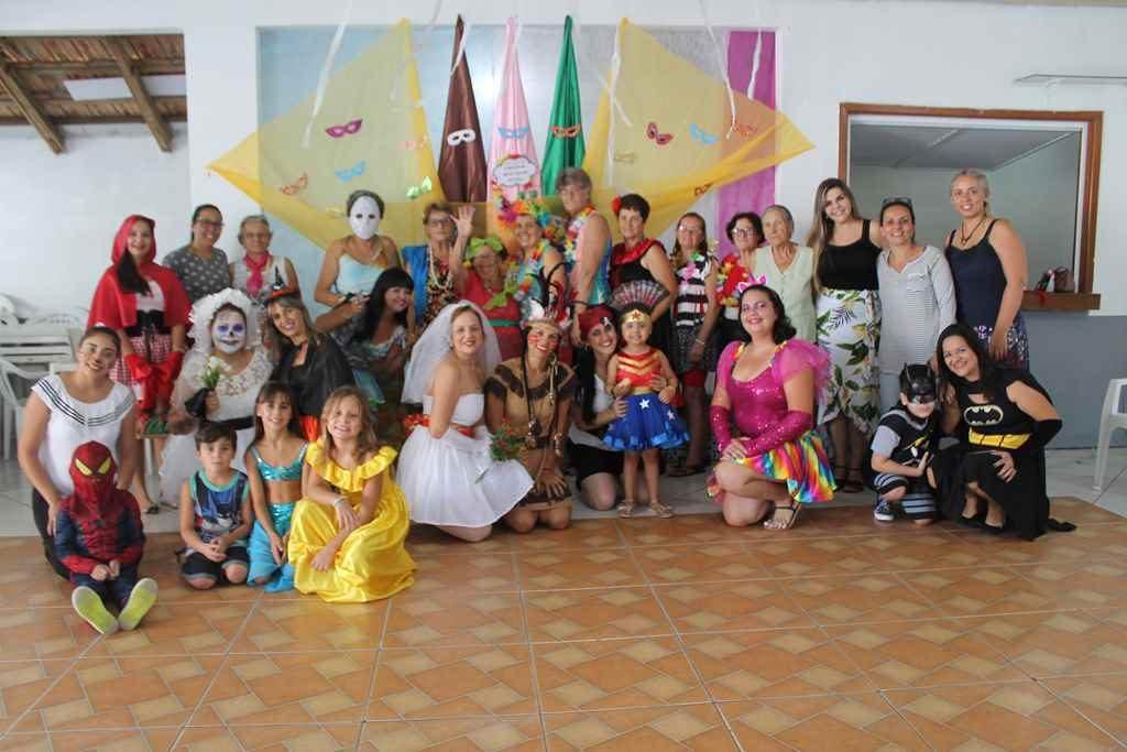 Grupo Novo Olhar retoma atividades com festa de carnaval