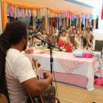 Mulheres participam de atividade especial no Mercado Público
