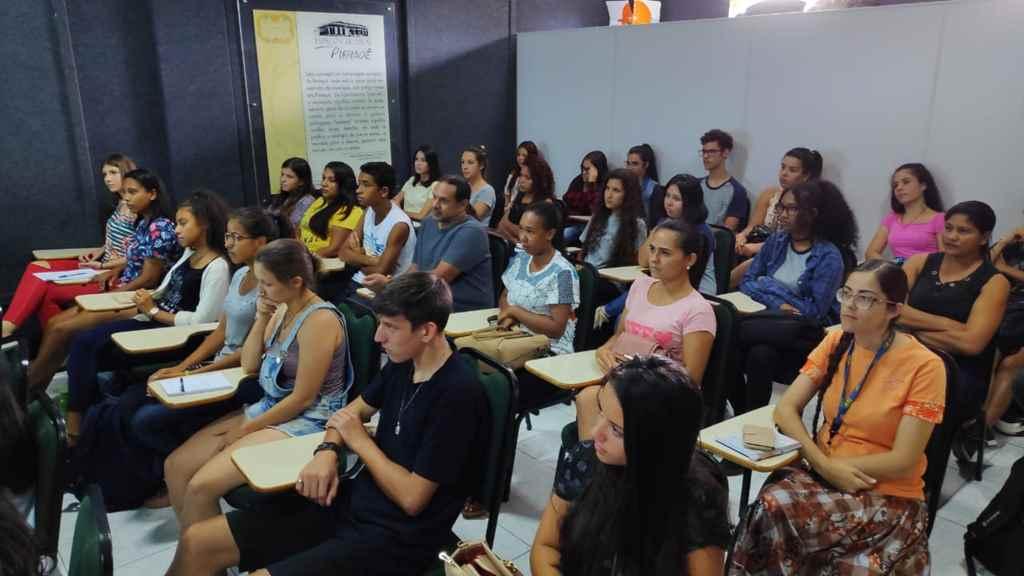 PORTO BELO - Curso capacita mais de 70 pessoas em Porto Belo
