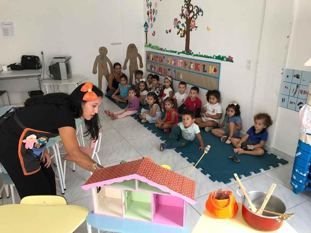 PORTO BELO - Histórias infantis buscam abordar sentimentos e valores em Porto Belo