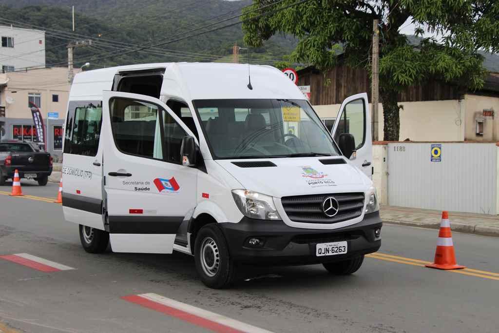 PORTO BELO - Porto Belo adquire nova van para a Saúde
