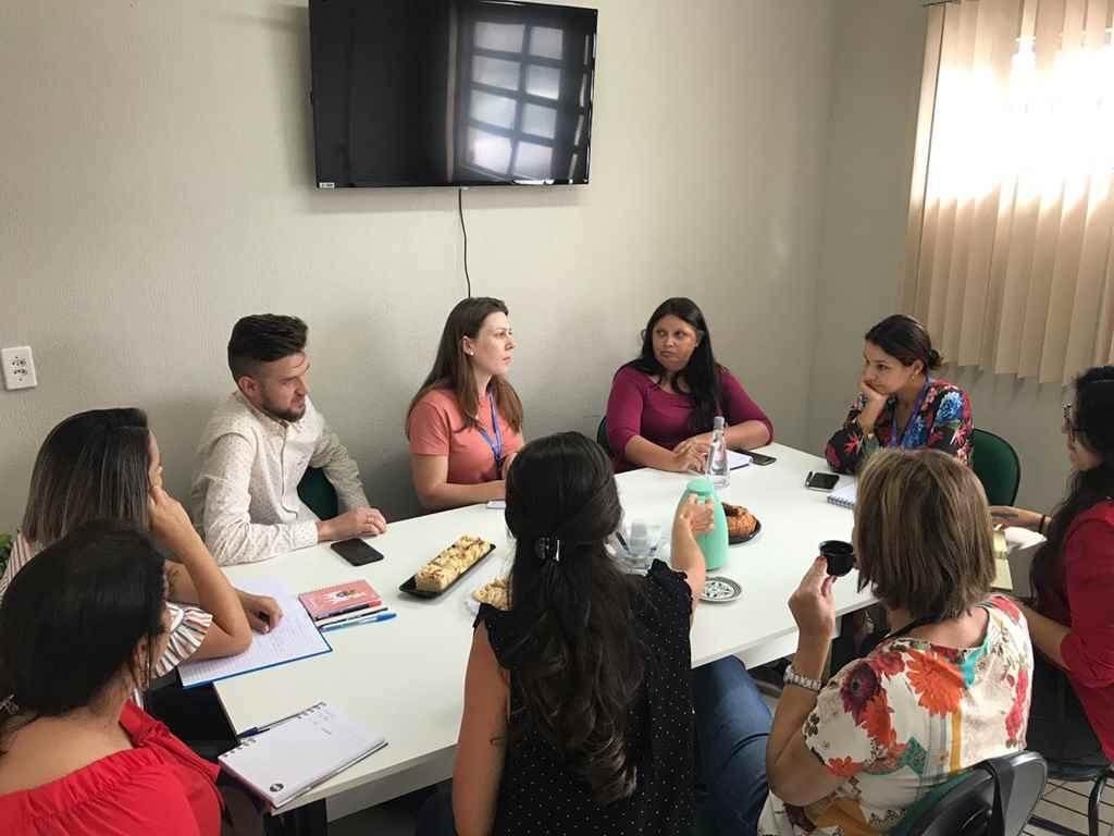 PORTO BELO - Porto Belo recebe representantes do Estado e alerta sobre a dengue