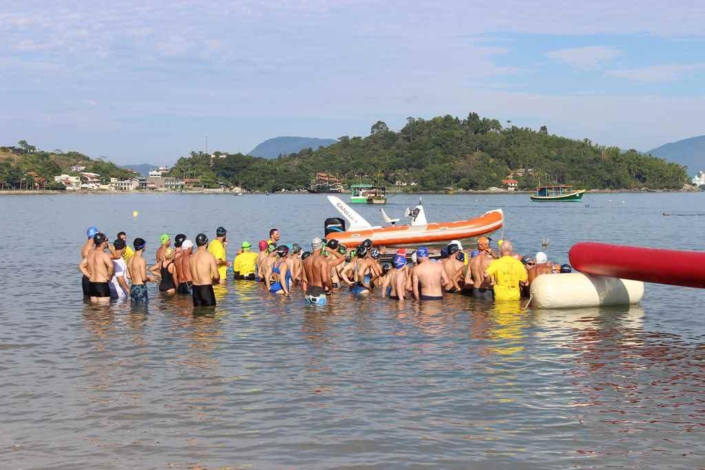 PORTO BELO – Sábado terá travessia de Natação em Porto Belo