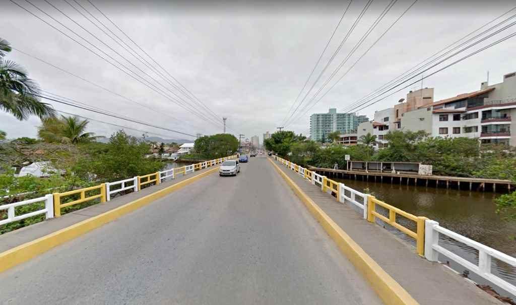 Tráfego na ponte entre Itapema e Porto Belo será limitado em 20 toneladas