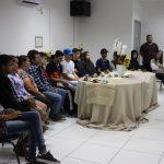 PORTO BELO - Alunos do EJA visitam Biblioteca Municipal em Porto Belo