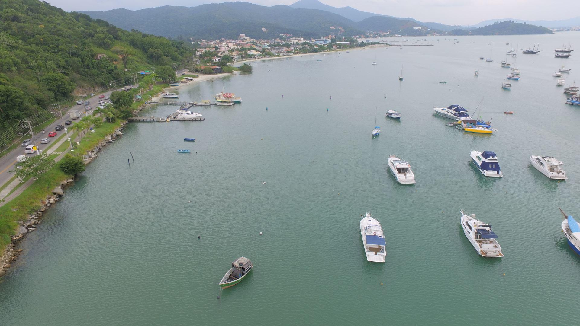 PORTO BELO - NOTA OFICIAL - Mancha de óleo no mar de Porto Belo