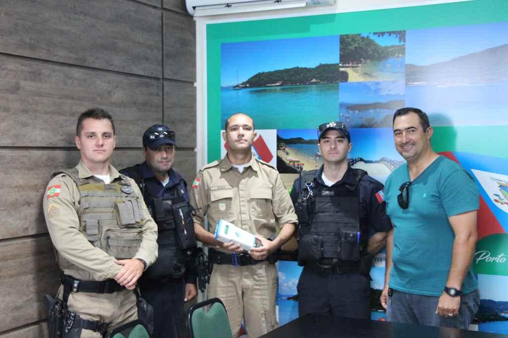 PORTO BELO - Porto Belo adquire aparelho bafômetro