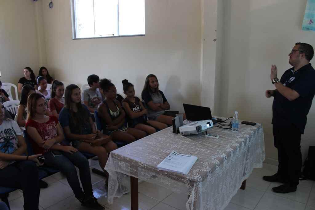 PORTO BELO - Porto Belo realiza capacitação sobre mercado de trabalho
