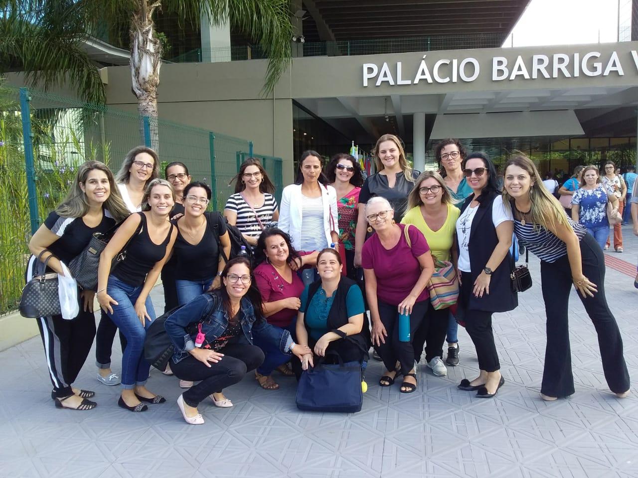 PORTO BELO - Professores participam de congresso sobre Autismo