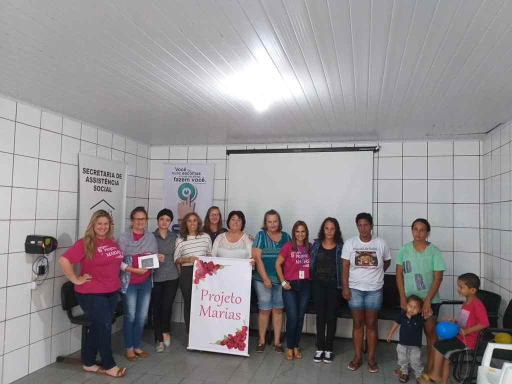 PORTO BELO - Mulheres entendem detalhes da Lei Maria da Penha em Porto Belo
