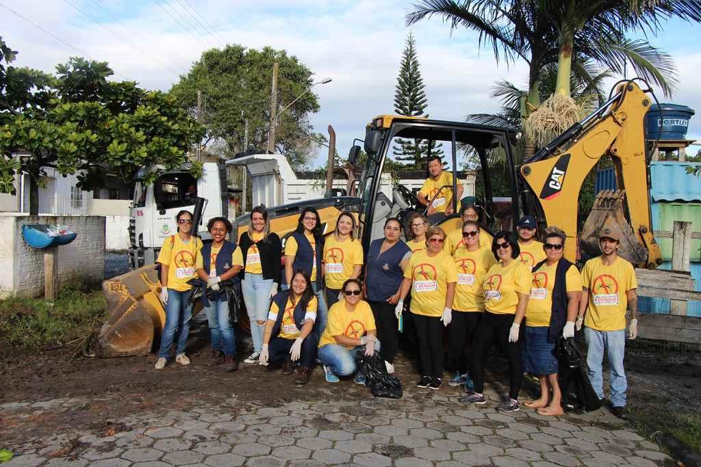 PORTO BELO - Porto Belo realiza mutirão de limpeza no Jardim Dourado