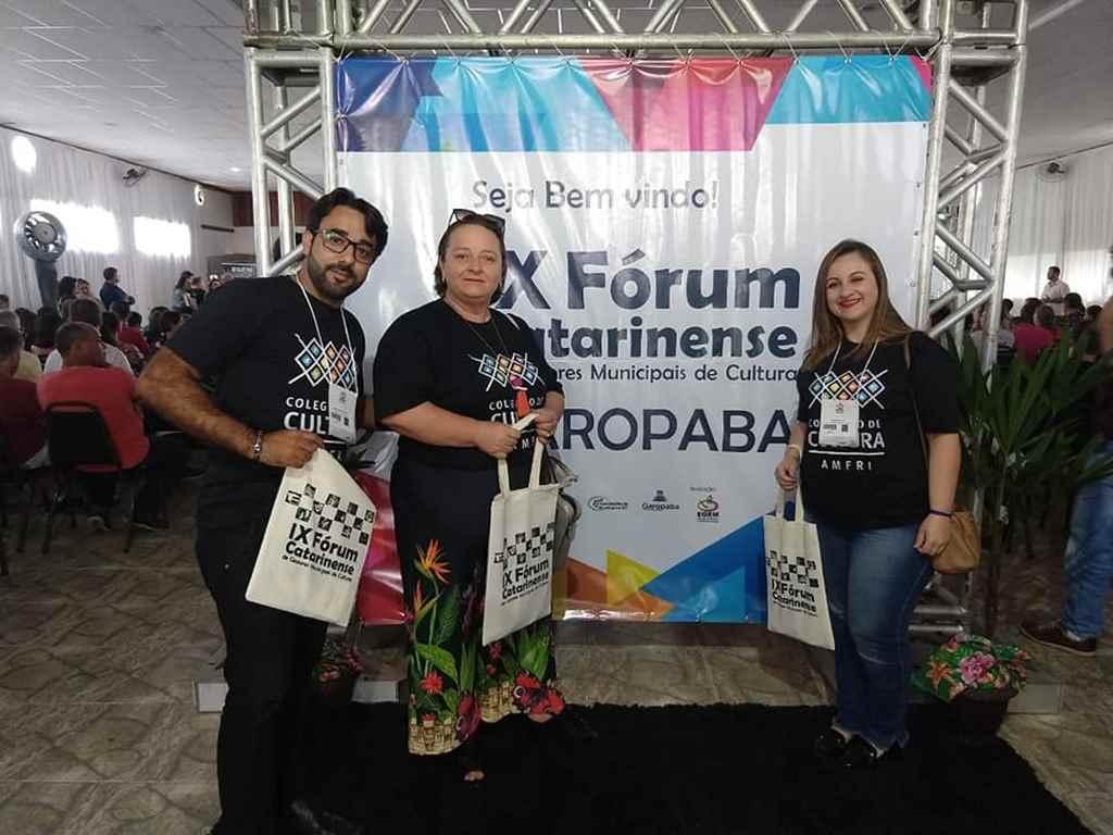 PORTO BELO - Representantes de Porto Belo participam do IX Fórum de Cultura de Santa Catarina