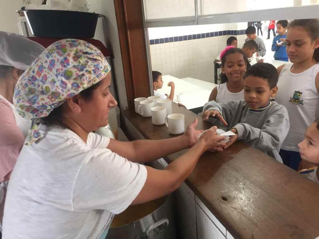 Rede Municipal de Ensino de Itapema é equipada com novos aparelhos de cozinha