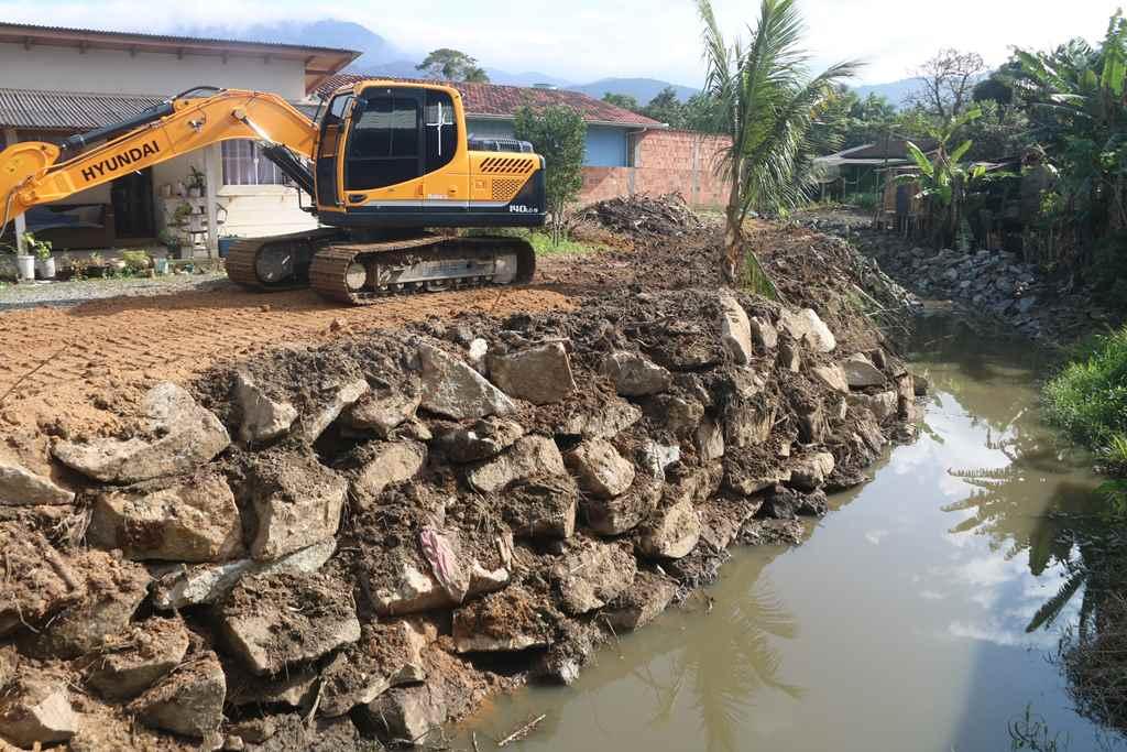 Defesa Civil e Obras intensificam ações de prevenção as cheias