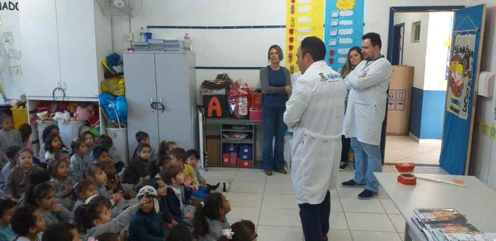 Programa Saúde na Escola promove ações de orientação a higiene bucal