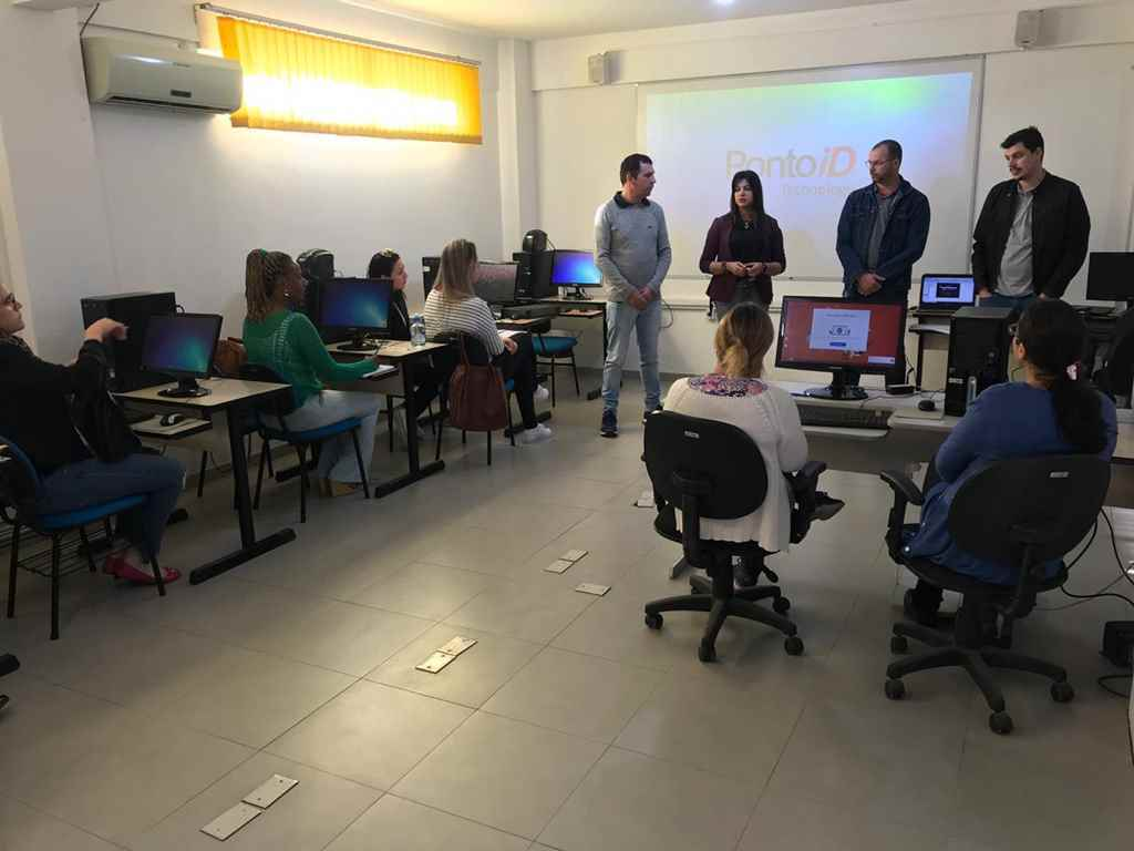 Educação realiza formação voltada a Gestão Escolar