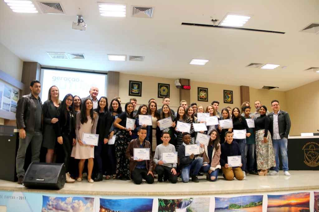 Mais 26 jovens se formam no Projeto Geração do Futuro