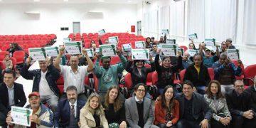 PORTO BELO - Porto Belo entrega títulos de propriedades pelo programa Lar Legal