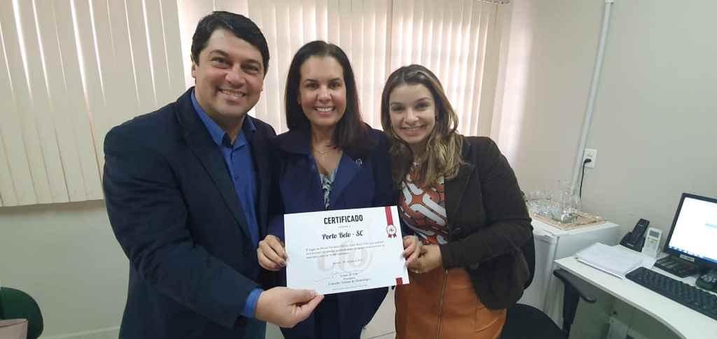 PORTO BELO - Porto Belo recebe Prêmio Nacional de Saúde Bucal