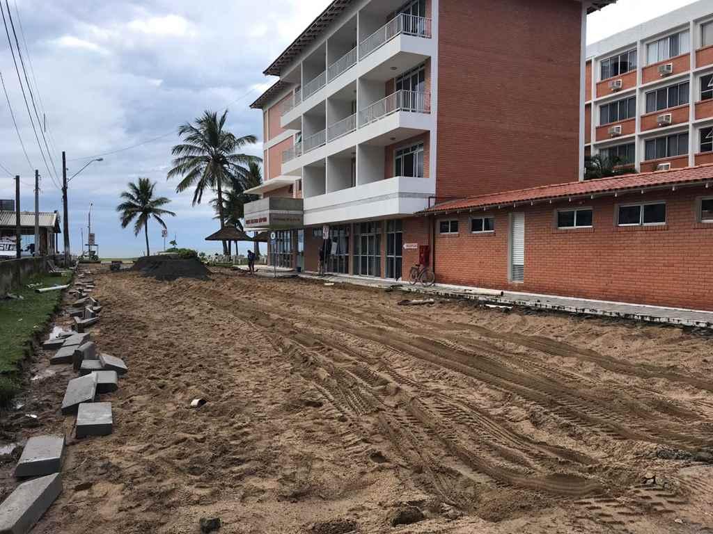 Seguem as obras de pavimentação das ruas
