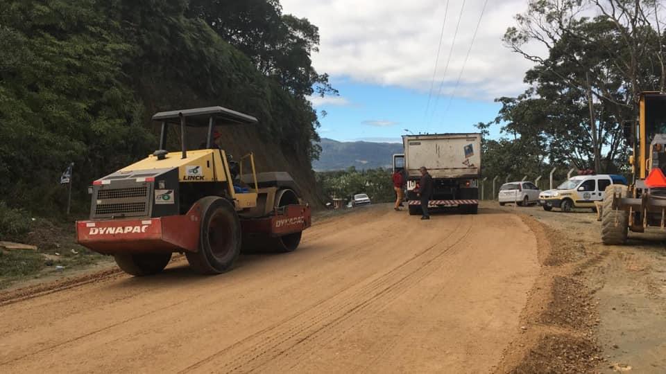 Semana inicia com três frentes de obras em Itapema