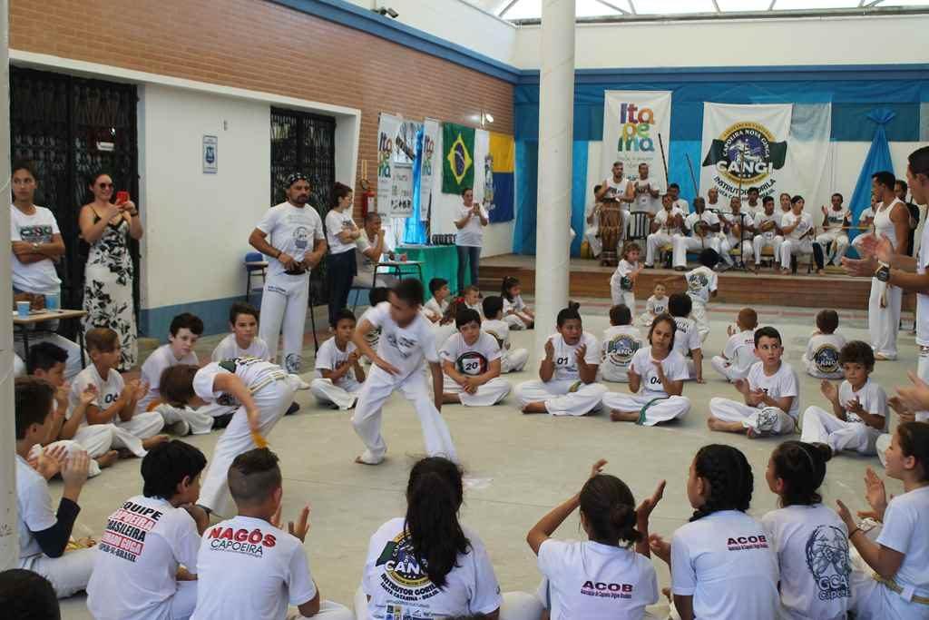 Campeonato Municipal de Capoeira reúne alunos de Itapema e região
