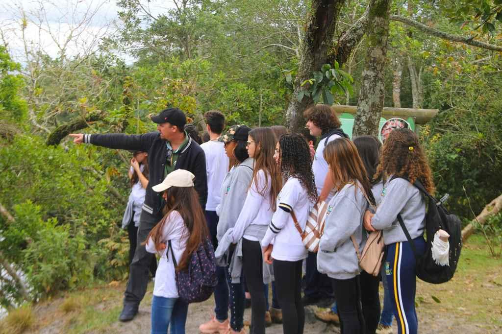 Estudantes retomam visitação guiada no Parque das Capivaras