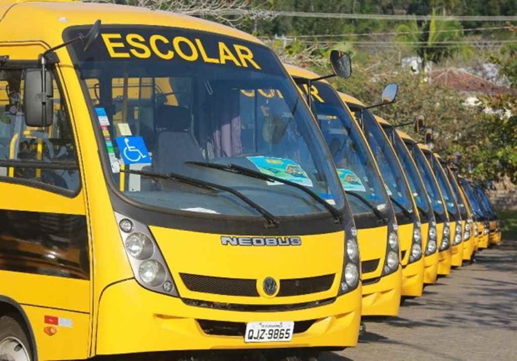 Itapema recebe mais dois micro-ônibus para o transporte escolar