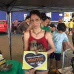 Mais de 10 animais foram adotados na feira da FAACI
