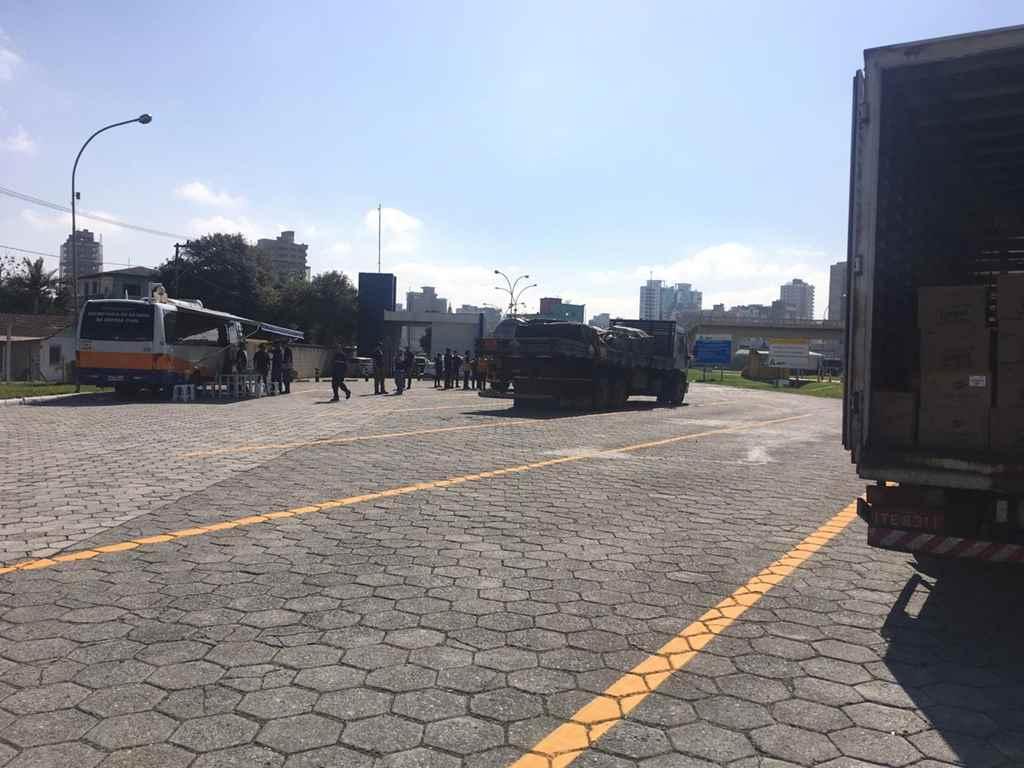 Operação fiscaliza transporte de cargas em Itapema
