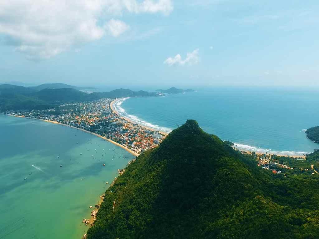 Bombinhas é uma das cidades preferidas para os estrangeiros - Foto: Maycon Rodrigues