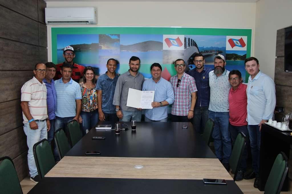 PORTO BELO – Assinada Ordem de Serviço para reforma da Pista de Skate de Porto Belo