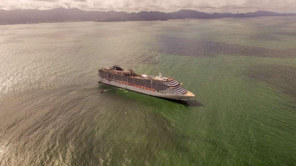 PORTO BELO - Porto Belo recebe o primeiro navio da temporada