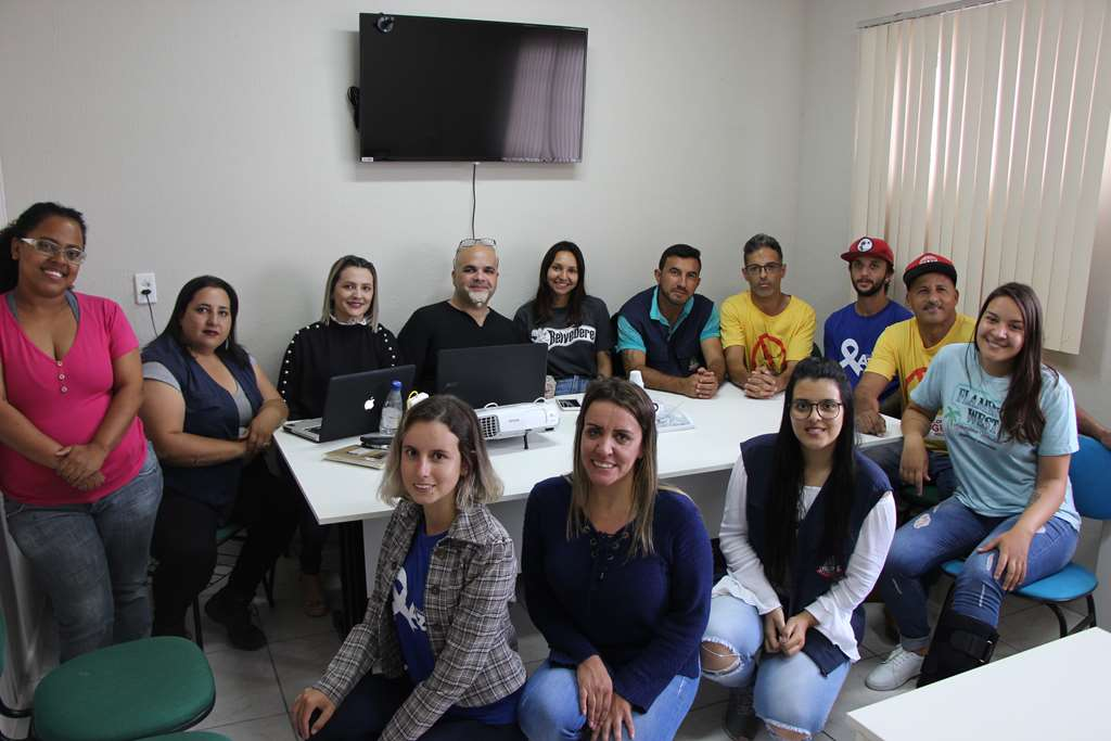 PORTO BELO - Porto Belo recebe treinamento para atuar como novos larvicidas contra a dengue