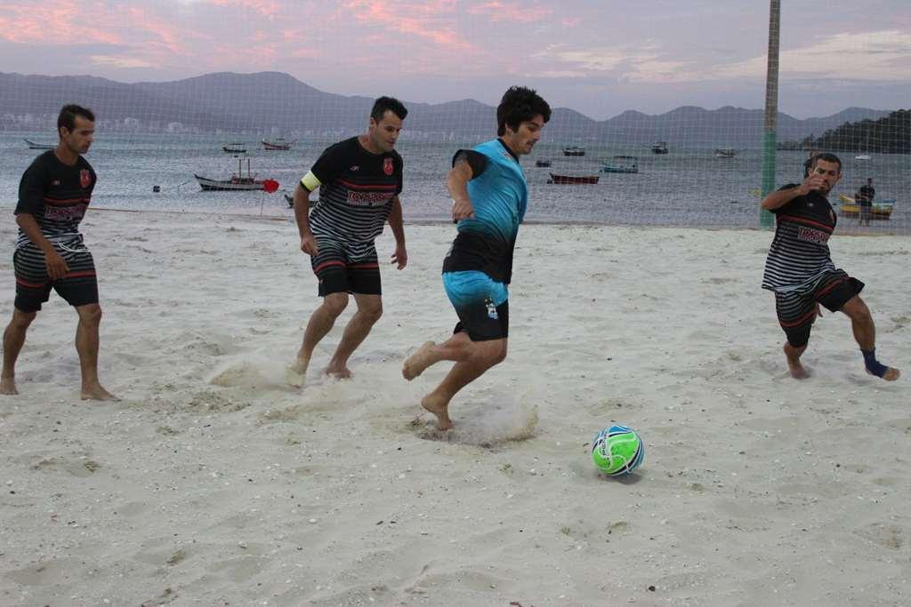 PORTO BELO - Abertas as inscrições para o Campeonato Municipal de Futebol e Vôlei de praia de Porto Belo