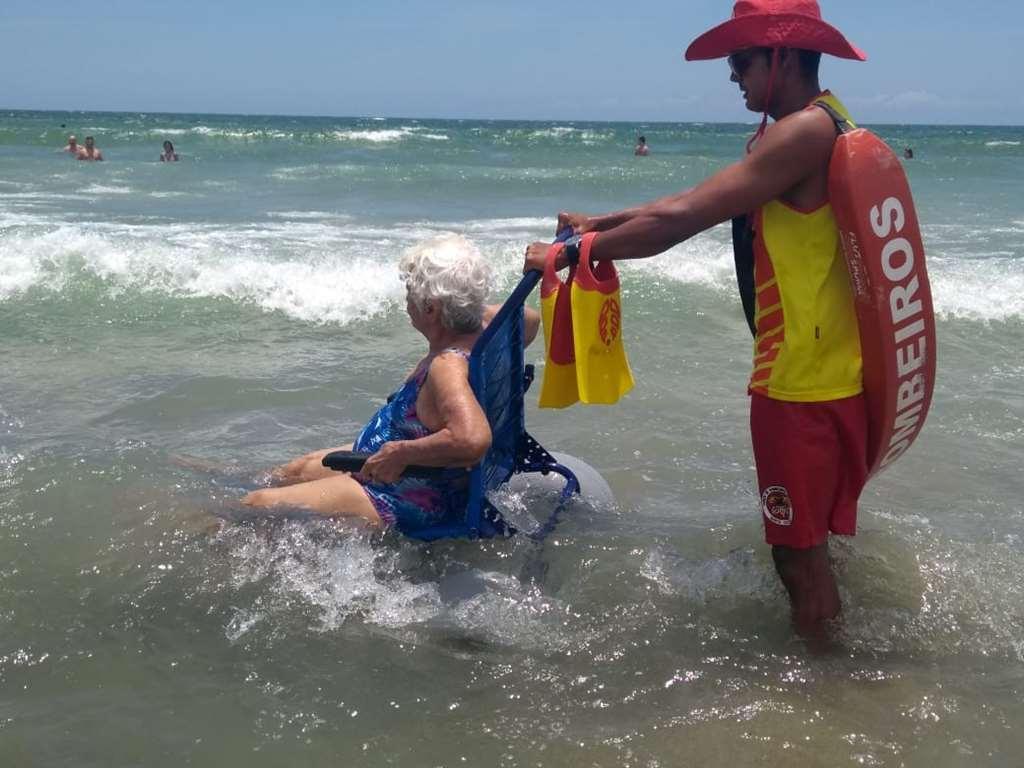 BOMBINHAS - Bombinhas proporciona diversas atividades no verão