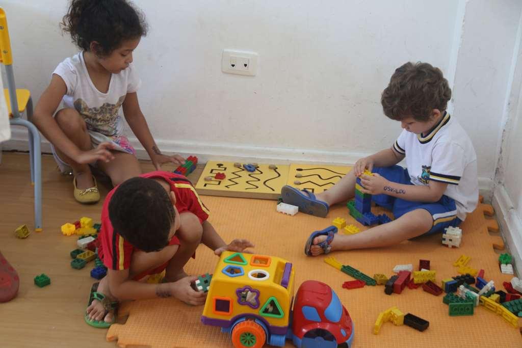 Creches de verão promovem atividades recreativas as crianças