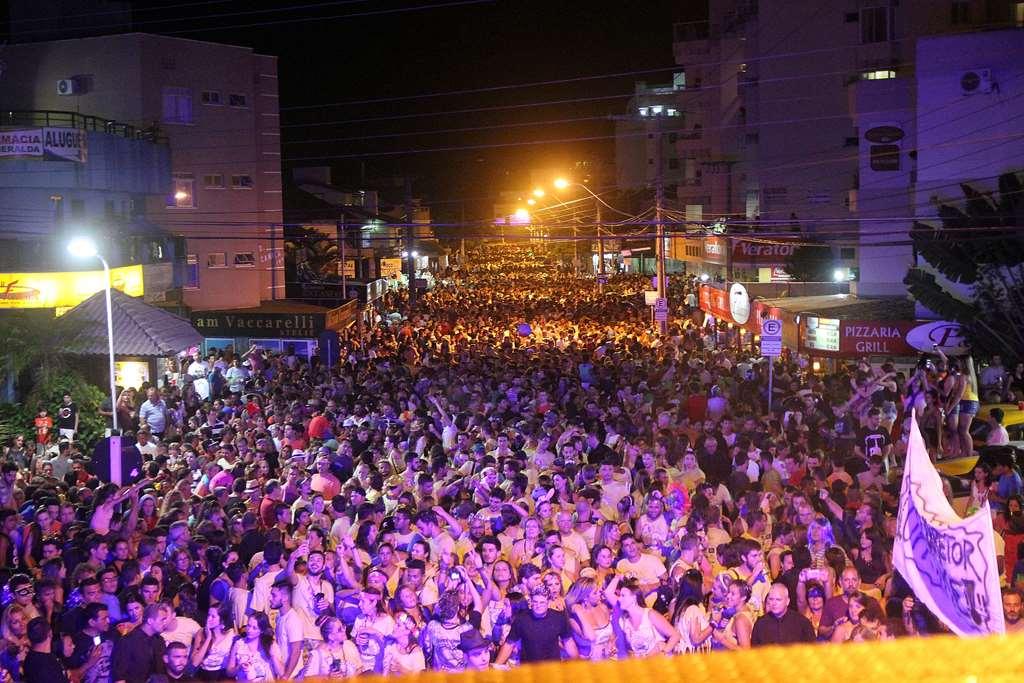 BOMBINHAS - Trânsito em Bombinhas terá alterações no Carnaval
