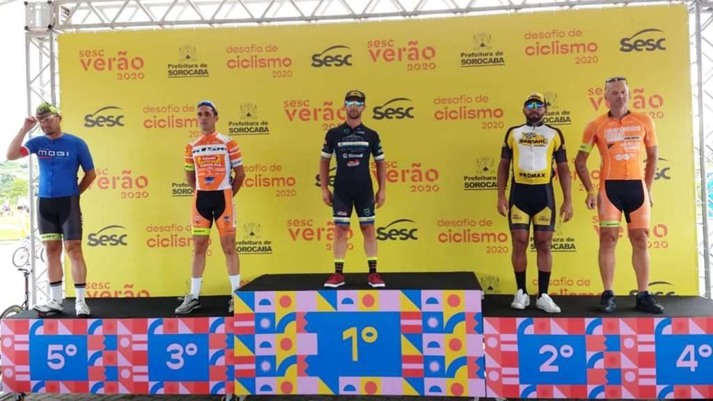 Ciclismo de Estrada abre 2020 com pódios no Desafio SESC Verão