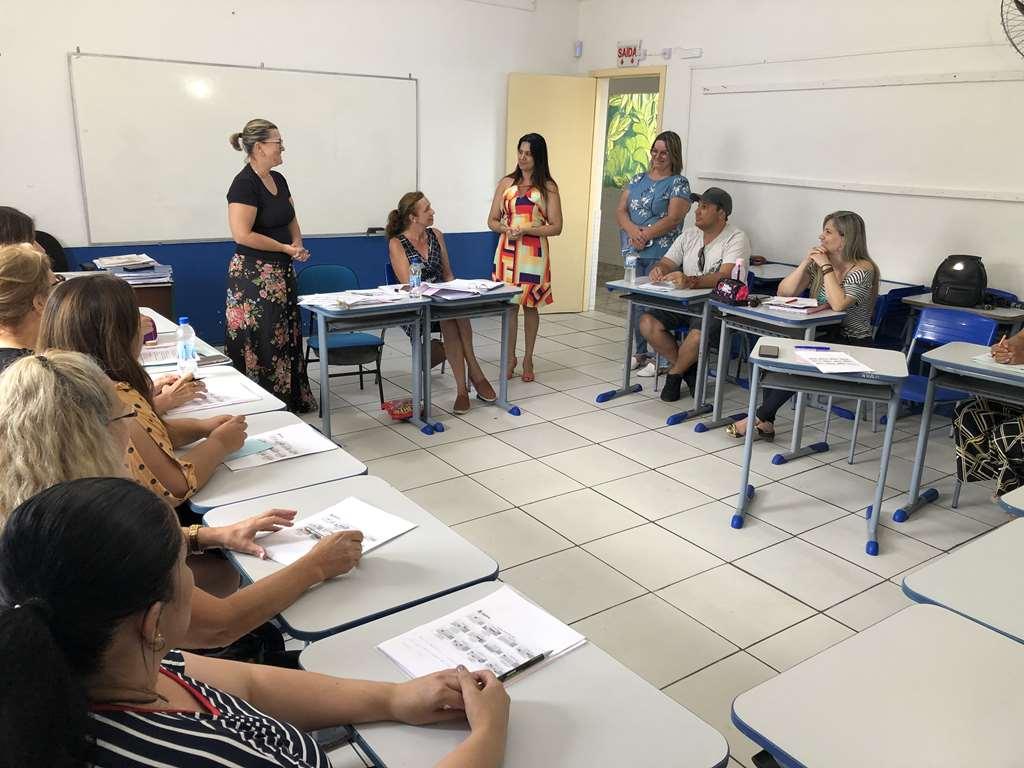 Educação inicia atividades com os professores